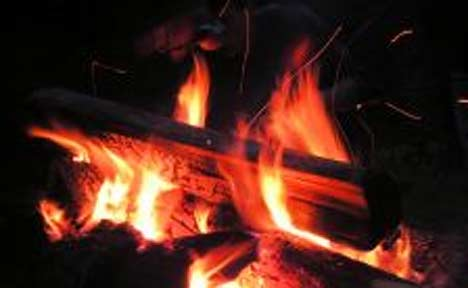 how-to-start-a-fire-with-wet-firewood