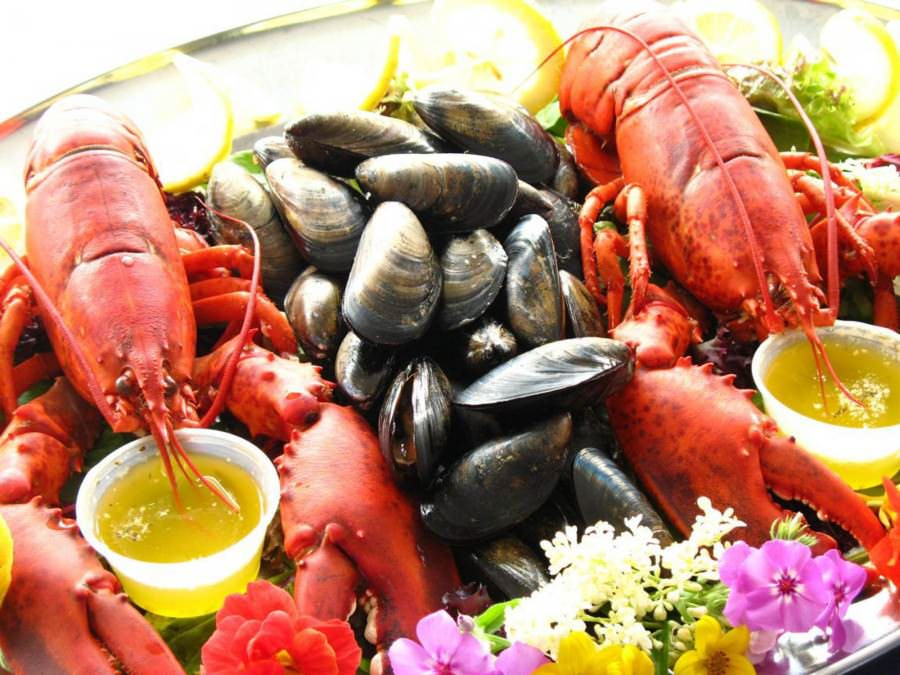 rp_Exquisite-fresh-seafood-900x675.jpg