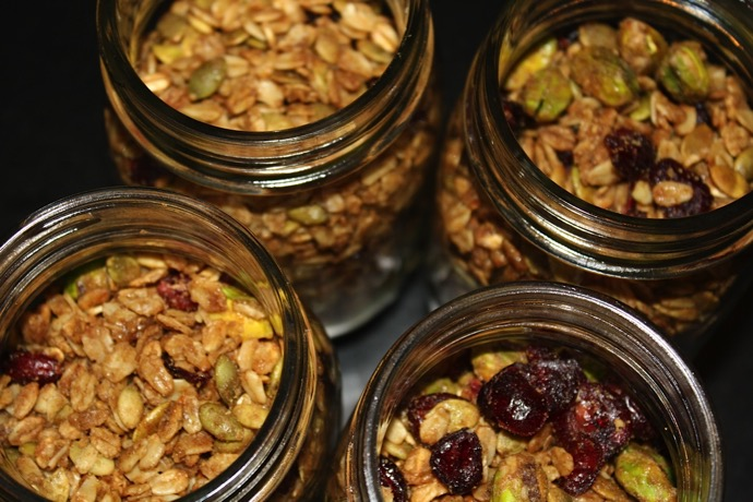 how to prepare granola at home
